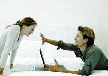 10 أدلة تؤكد أن شريكك يخونك