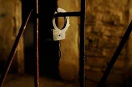 في زنزانة ضيقة ومتسخة.. الاحتلال يعزل الأسيرة فدوى حمادة للمرة الثانية
