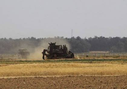 الاحتلال يطلق الرصاص وقنابل صوتية على المزارعين شرق خانيونس