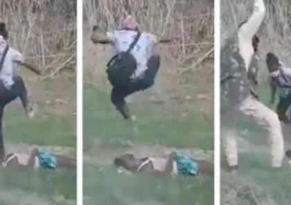 بالفيديو : مشهد مروع لقتل مسلم على يد الشرطة الهندية