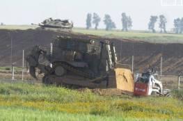 توغل وأعمال تجريف لآليات الاحتلال شرق خانيونس