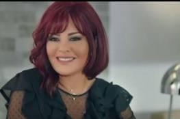 """انتقادات حادة للفنانة اللبنانية """"كارمن لبس"""" بعد تغريدة عن ماكرون"""