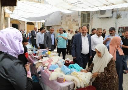 """الخليل: افتتاح بازار """"اشتري من بلدك"""" لدعم المنتجات الوطنية"""