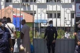 غزة: توقيف 10 مصابين بفيروس كورونا و9 مخالطين لعدم الالتزام