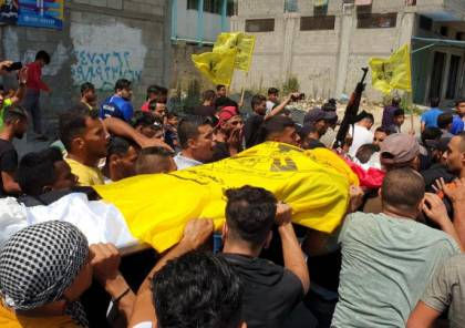 صور : غزة تشيع أبناءها الثلاثة