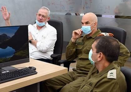 القناة 12 : تعليمات من غانتس بالعمل على استئناف التنسيق الأمني مع السلطة الفلسطينية
