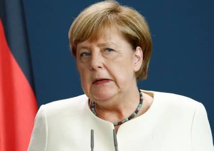 نفتالي بينيت يدعو المستشارة الألمانية أنغيلا ميركل لزيارة اسرائيل