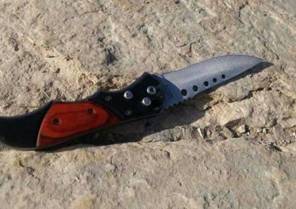 الخليل :اعتقال فتى بزعم العثور على سكين بحوزته