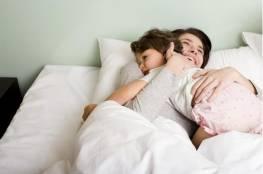 الاحتضان مهم لصحة و نفسية الطفل