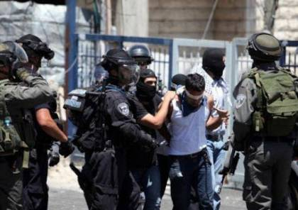"""الاحتلال يعتقل حارسا و5 مقدسيات بعد الاعتداء عليهن بالضرب في """"الأقصى"""""""