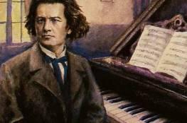 12 عازف بيانو يعيدون ألحان بيتهوفن في ذكرى ميلاده