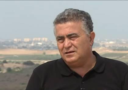 بيرتس: نتنياهو الوحيد الذي بمقدوره منع انتخابات ثالثة..ويشترط نزع الصواريخ مقابل الخطوات الاقتصادية بغزة