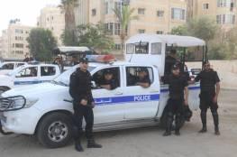 الشرطة تغلق مصنع باطون و 12 محل تجاري لعدم الالتزام بالتعليمات في سلفيت