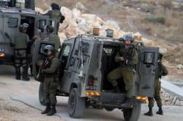 الاحتلال يعتقل مواطنًا قرب أريحا بزعم العثور على سلاحٍ بحوزته