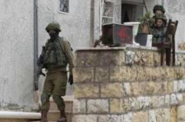 فلسطينيون يطلقون النار على قوة إسرائيلية قرب حلحول