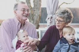 """تجربة ناجحة على """"إنزيم"""" يكافح أمراض الشيخوخة.. تفاصيل"""