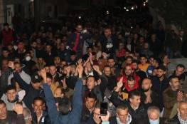 آلاف العمال يتظاهرون في بيت فجار: نريد حقوقنا