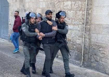 """الاحتلال يعتقل مدير وعضو إقليم حركة """"فتح"""" في القدس"""
