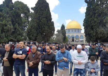 """اسرائيل تقرر استمرار دخول العمال وتدرس منع الصلاة بالاقصى بسبب """"كورونا"""""""