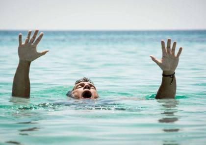 وفاة شابين غرقا في بحر رفح