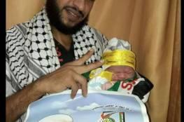 غزي يطلق على مولوده اسم محمود عباس تيمنا بالرئيس أبو مازن