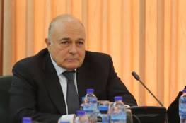 """وزير المالية يصدر مجموعة قرارات لمواجهة فيروس """"كورونا"""".. منها إعفاء الموظفة الأم"""