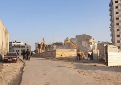 هدم إسرائيلي في محيط حاجز قلنديا شمال القدس