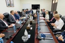 تفاصيل لقاء بشارة مع وزيرة التجارة الدولية للملكة المتحدة