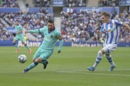 فيديو.. برشلونة يتعثر ويمنح الريال فرصة الصدارة قبل الكلاسيكو