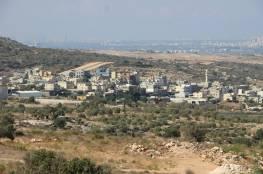 """إخطاران بوقف البناء في """"النبي الياس"""" شرق قلقيلية"""