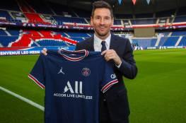 المدير التجاري لباريس سان جيرمان يكشف حجم مبيعات النادي من قميص ميسي