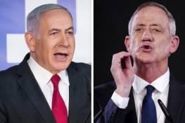 كاتب إسرائيلي : نتنياهو سيقضي على غانتس وأشكنازي بأقرب فرصة