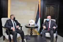 الهباش يستقبل السفير المصري الجديد لدى دولة فلسطين