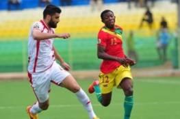 فيديو.. تونس تسحق غينيا وتضع قدما بالمونديال
