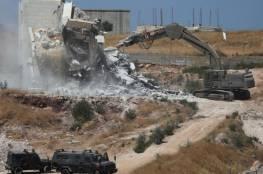 الاحتلال يجبر شقيقين على هدم منزليهما شمال القدس