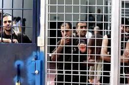 هيئة الأسرى: الاحتلال ينقل 35 أسيرا من سجن هشارون الى سجن نفحه