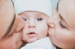 عادات خاطئة يرتكبها الآباء والأُمهات تقلل من مناعة أطفالهم