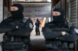 150 شرطيا ألمانيا يقتحمون أقدم مساجد برلين بأحذيتهم.. وتركيا تدين!