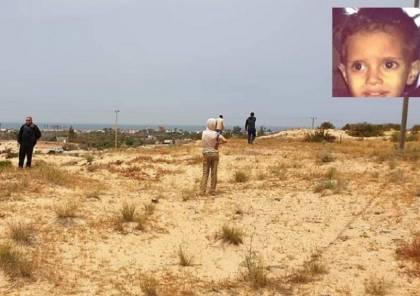 الخيط الأول نحو كشف اختفاءه .. الشرطة : العثور على ملابس الطفل المفقود برفح