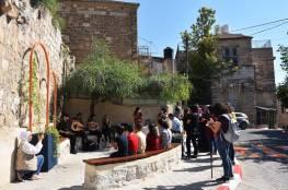 افتتاح زاوية عامة بالبلدة القديمة في رام الله بتمويل كندي