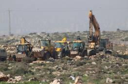 تجريف أراضٍ واقتلاع 2500 شتلة زيتون في دير بلوط و150 في جالود