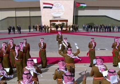 العاهل الاردني يستقبل الرئيس المصري في عمان