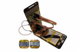 تغيير الشاشة المكسورة قد يؤدى إلى إختراق هاتفك!