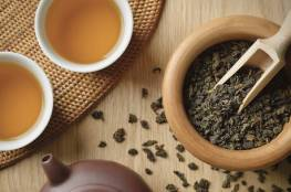 كوبان إلى ثلاثة أكواب من الشاي يوميا قد توقف مرضا دماغيا لا علاج له