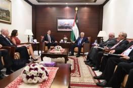 """واشنطن: لقاء الرئيس الفلسطيني و الوفد الامريكي""""كان مثمرا"""""""
