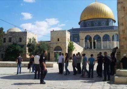 الإسلامية المسيحية: سلطات الاحتلال تواصل تهويد الأقصى بتمديد ساعات اقتحامه
