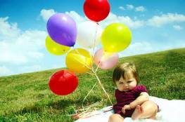 الاحتلال يمنع دخول البالونات الاطفال الى غزة