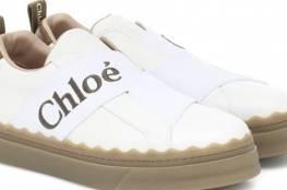 الحذاء الرياضي بلا أربطة نجم الموضة