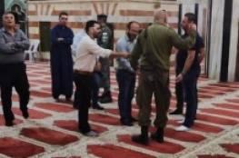 الأوقاف: قوات الاحتلال تقتحم وتغلق المسجد الابراهيمي الشريف