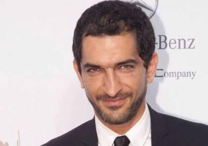 """عمرو واكد يُشارك """"المرأة الإسرائيليّة الخارقة"""" بطولة فيلمها السينمائي بجُزئه الثّاني:"""